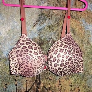 victorias secret bra size 34B padded push up